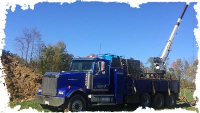 hydrofracturing truck